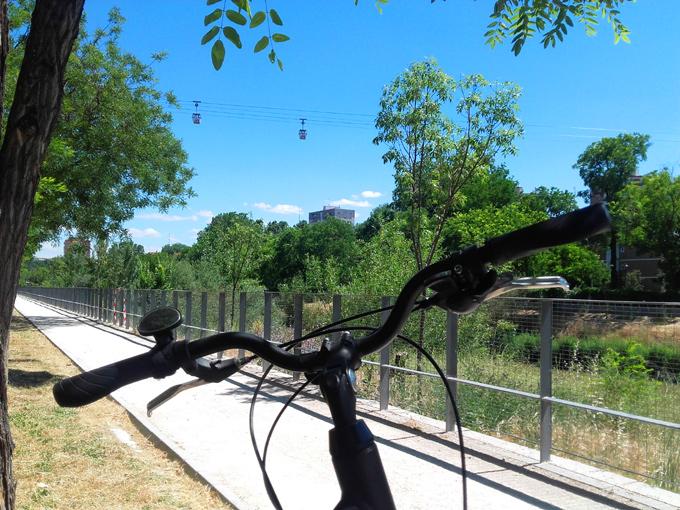 Paseo en bici por Madrid - Hernán Elvira